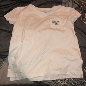never worn short sleeved vineyard vines t-shirt